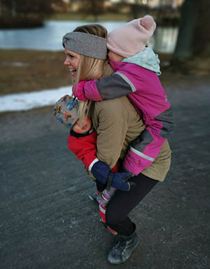 swatgym Sanna Wranå mammatränare muskeldelning uteträning